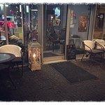 Photo of Cafe 002