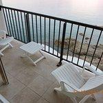 La terrasse au pied de la mer