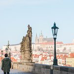 Charles Bridge and Prague Castle, Bright and Early Breakfast Tour