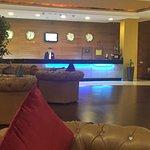 Cassells Al Barsha Hotel resmi