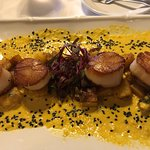 The triple tail aioli and the scallops are outstanding!