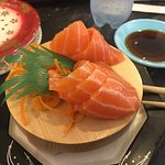Foto Jaws Sushi Town Hall