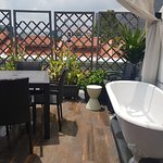 Suite with Terrace: Terrace with Bathtub