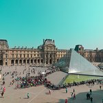 The Louvre Pyramid (Pyramide du Louvre) (305898708)