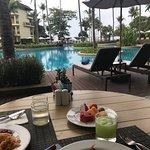 Photo de Phuket Marriott Resort & Spa, Merlin Beach