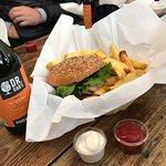 Holy Cow! Gourmet Burger Company - Plainpalaisの写真