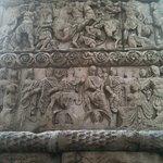 Ανάγλυφες παραστάσεις από την Αψίδα του Γαλέριου