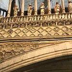 صورة فوتوغرافية لـ Santa María la Mayor Basilic Church