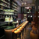 Bar vid entrén