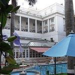 ITC Windsor, Bengaluru - pool area