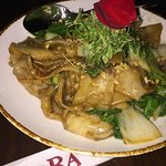 Pad See-Eew (Thai chow fun rice noodles w/ shrimp) - did not like taste