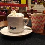 Café super gostoso!! Tudo feito com muito cuidado e delicadeza.