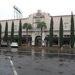 Hotel Paisano exterior