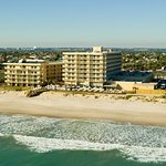 Crowne Plaza Melbourne Oceanfront