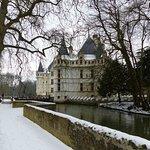 le château d'azay le rideau sous la neige