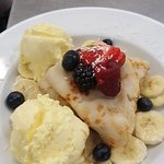 Vegan coconut pancakes with Soya icecream and fresh fruit