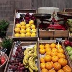 Fruit market for breakfast in Seville!!!
