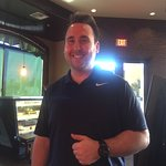 Austin at Jucy's grill in Lake Havasu is a fantastic employee!!