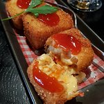 mac and cheese croquettes (SO GOOD)