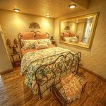 The Orion Suite bedroom