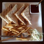 the grilled sandwitch with fries