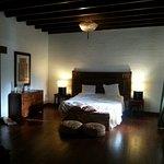 Mucha madera, muebles originales, muy espaciosa: La Gomera