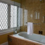 Golden Delicious Ensuite Bathroom with 2 person Jacuzzi Tub