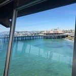 Foto van Tony's On the Pier