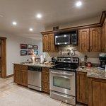 Jupiter Inn-Identity Properties. Studio, 1BR, 2BR Park City Utah vacation rentals.
