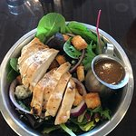 Michigan salad with grilled chicken