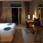 Expensive Resort With Budget Hotel Facilities!!!!