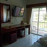 Photo de Forest Patong Hotel