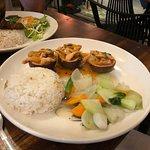 Nhan's Kitchen resmi