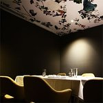 THE PRIVATE DINING ROOM SEATS UP TO 22 GUESTS