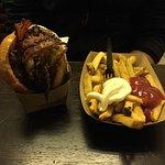 Foto de Burgermeister am Kottbusser Tor