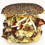 All Hail the Burger의 사진