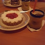 very large desserts and after dinner drink