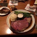 8oz prime rib with asparagus tips & mashed potatoes