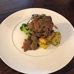 Limito  Salsa Hongos Frescos con tocineta Vegetales y Yuca   Tenderloin steak in a Mushrooms and