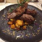 Hauptspeise: Lamm auf Papaya