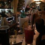 Foto de Hemingway Bar & Lounge
