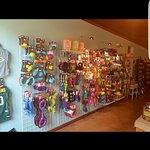 Love Golden Paw pet boutique