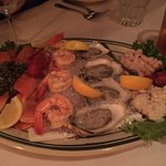 Chilled Seafood Platter, regular size