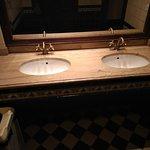 раковины в туалете