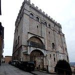 Palazzo dei Consoli e Museo Civico...