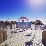 Великолепная терраса для выездной регистрации брака с видом на море!
