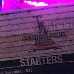ภาพถ่ายของ Central Park Pizzeria