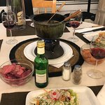 A table, une fondue au programme ...