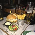 Tasty burger and beer and great place.i like👌👍