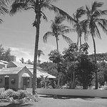 Waterlot Inn 17 minutes drive to the west of Hamilton Bermuda dentist ReNew Dental Care